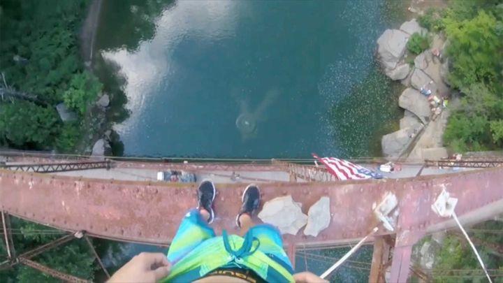 с фото моста воду в прыжки
