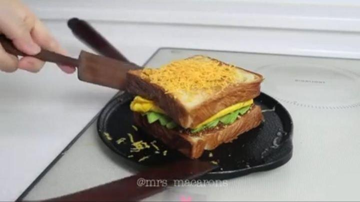 Для Блондинки Устроили Сендвич
