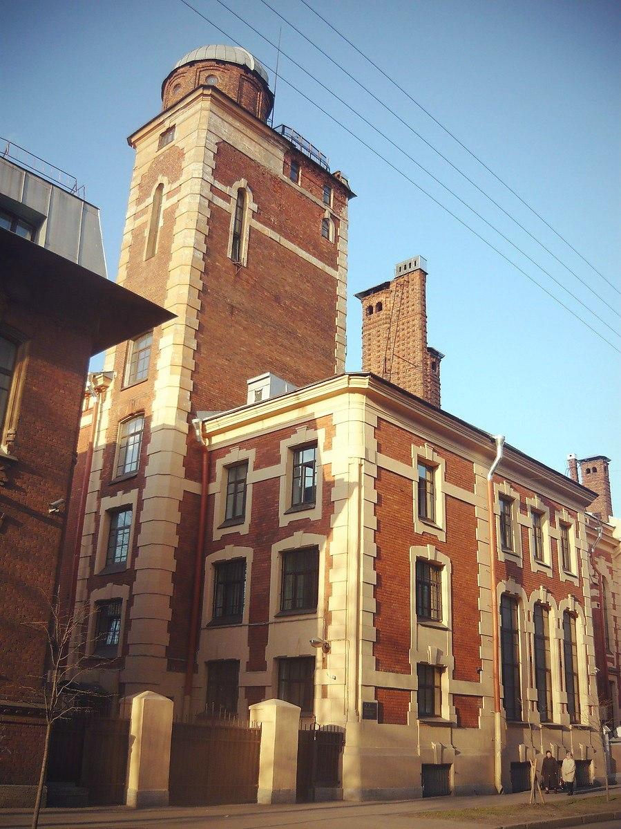 Лепнина на фасадах зданий фото двигателя