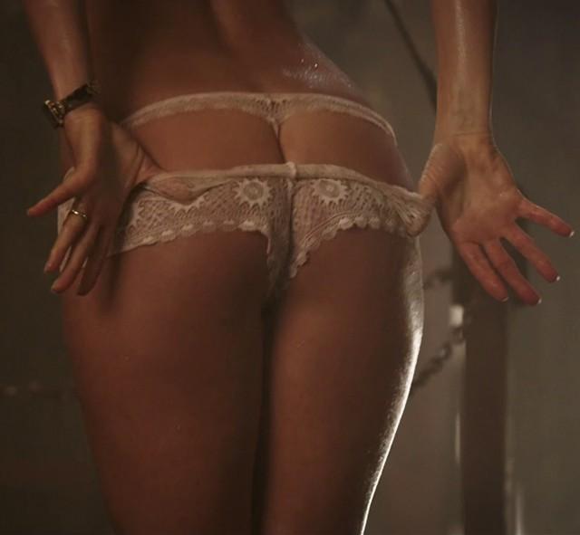 """Дженифер Энистон. Кадры со съёмок """"Мы - Миллеры"""""""