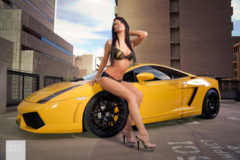 Смотреть секси и секси машины, В порно видео секс машины жестко трахают девушек 9 фотография