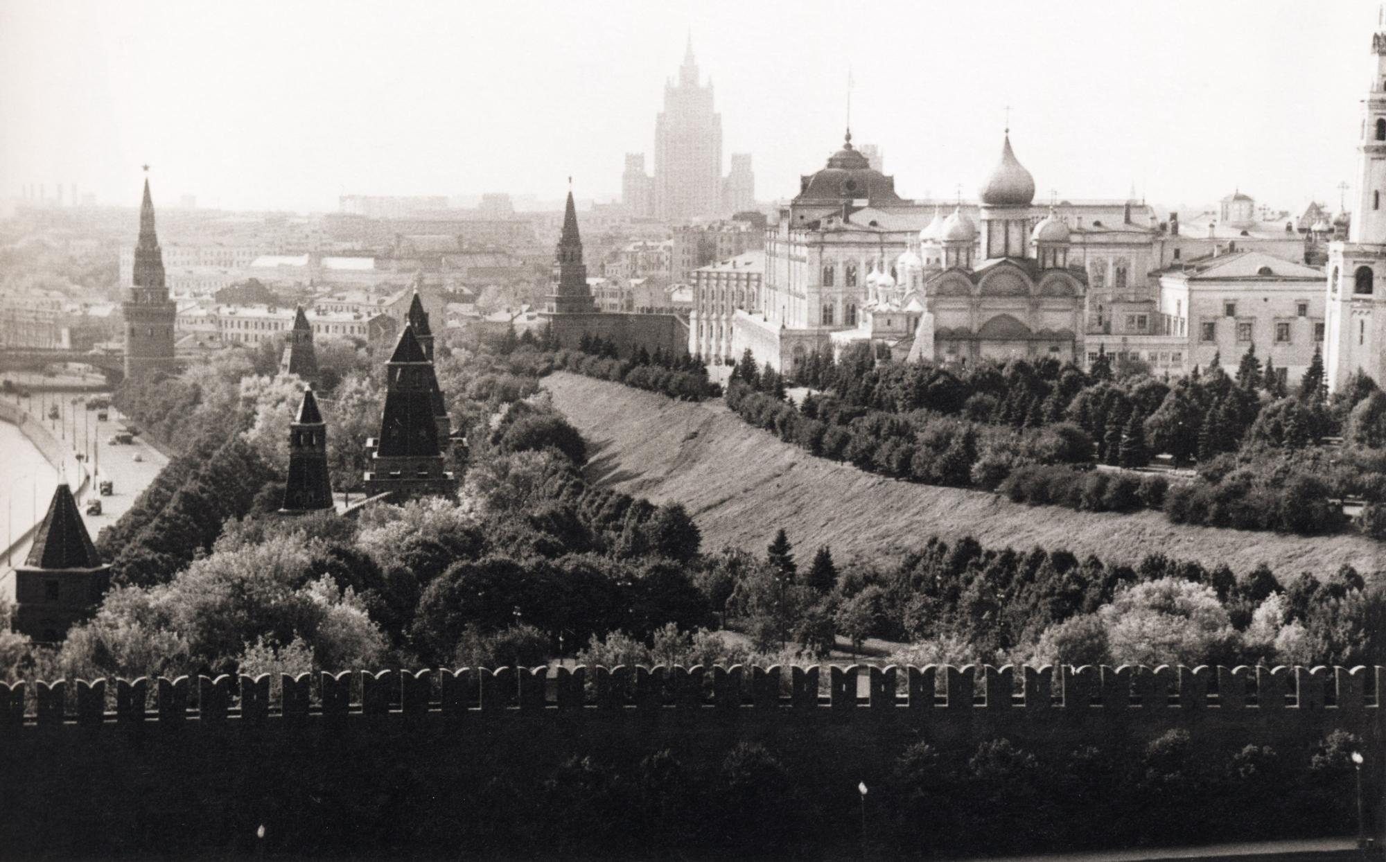 как красивые фотографии старой москвы считается