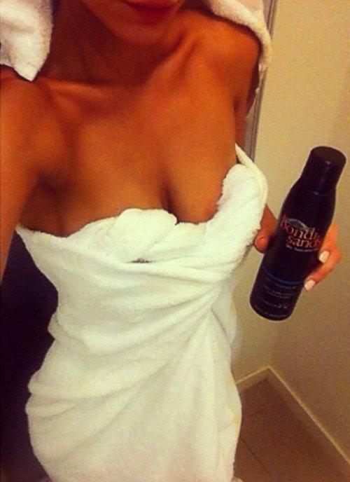 Фото девушки в полотенцах это