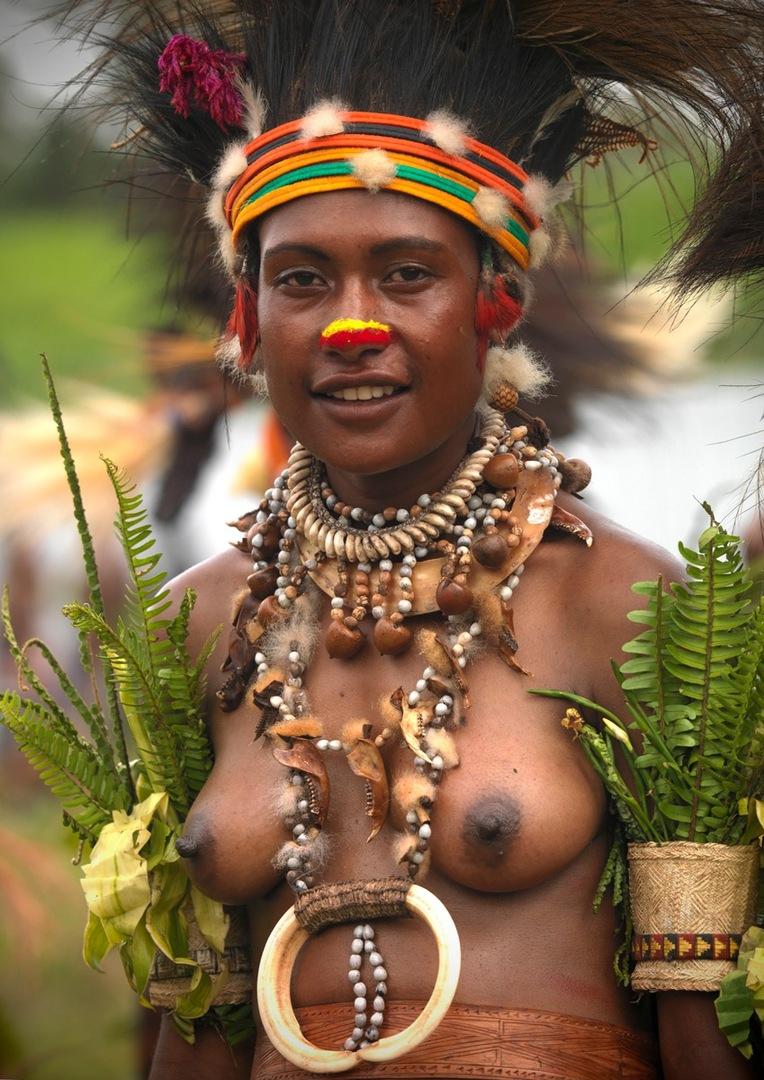 Секс фото туземцы ебут туристок — 10