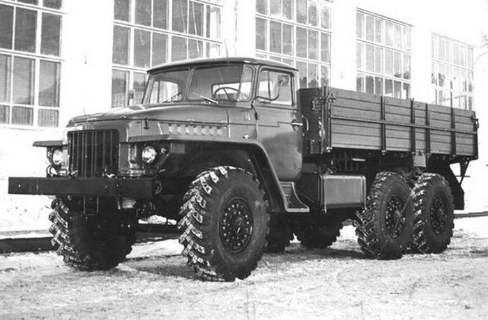 10 легендарных советских грузовиков  авто, грузовики