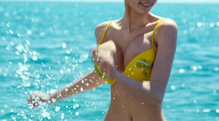 Девушка с большой грудью из фильма горько — img 6