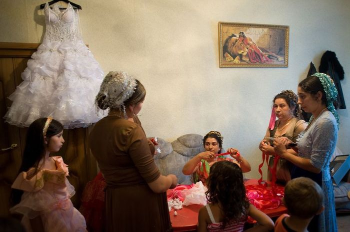 Первая брачная ночь по цыгански видео попробовать