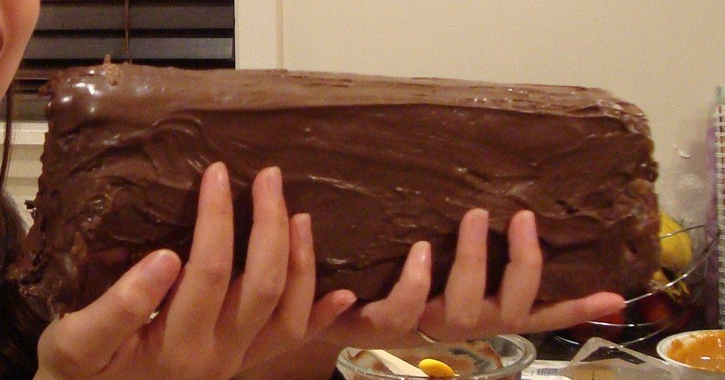 Спермой эро шоколадка фото спящей