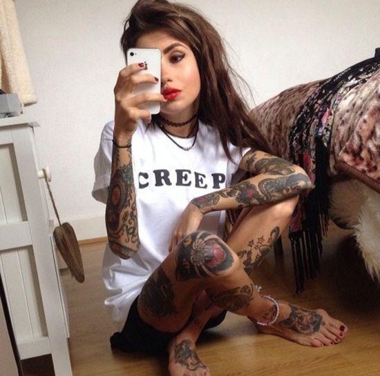Девушки полностью в татуировках 74