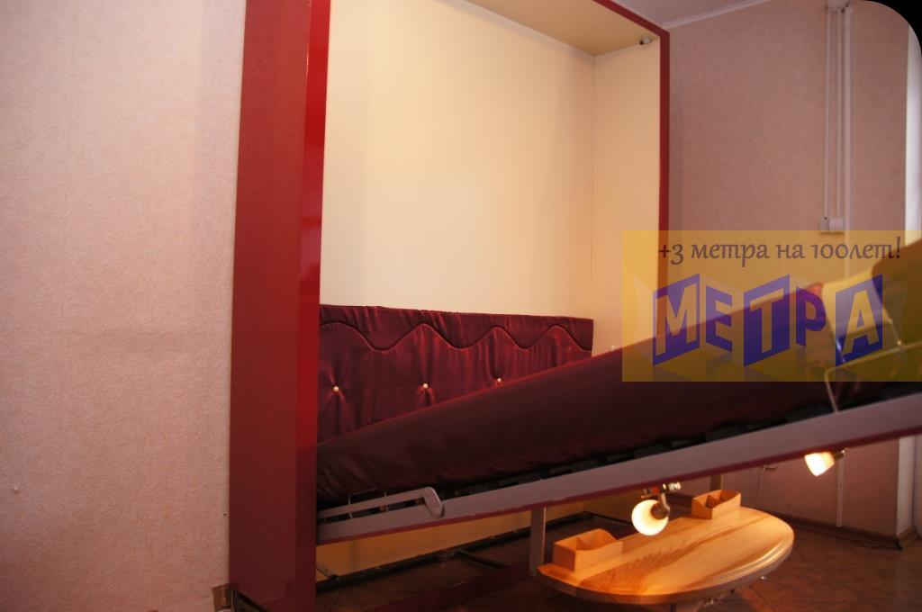 Шкаф диван кровать трансформер. мебель экономящая дорогое ме.