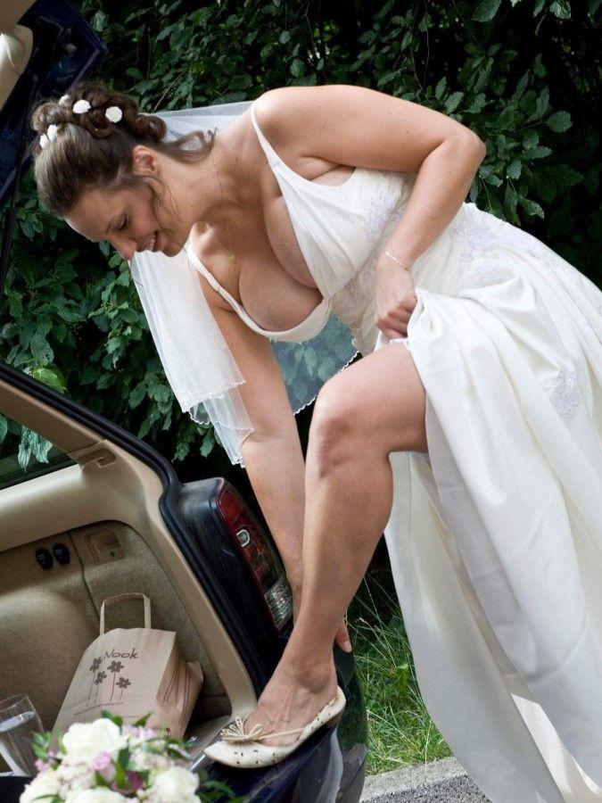 Видео случайного обнажения на свадьбах