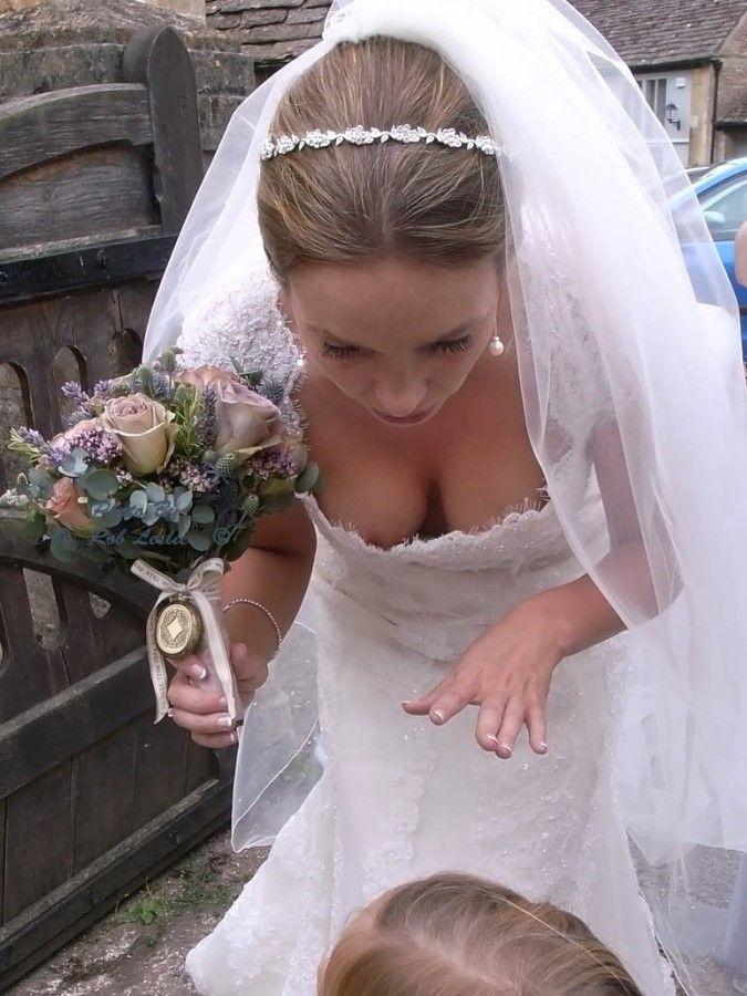 на свадьбе показала грудь - 7