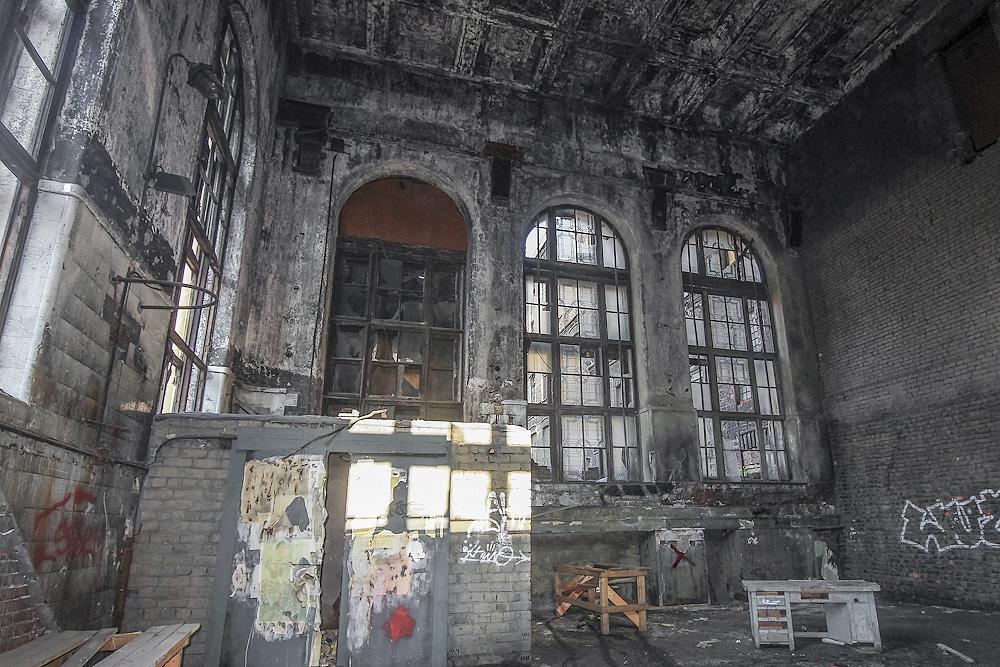 заброшеные места в санкт петербурге фото начал
