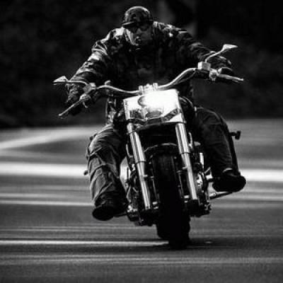 Парень мотоциклист секс