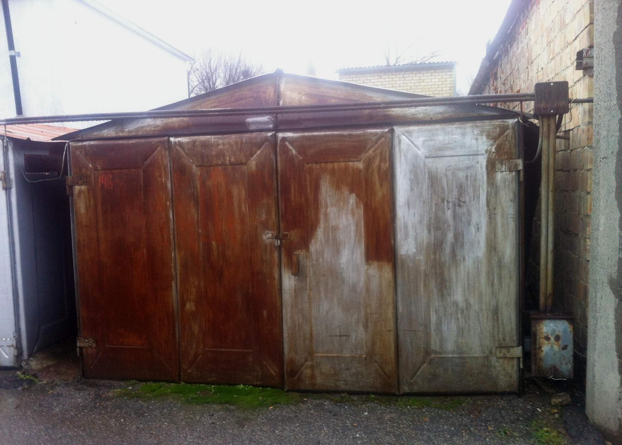 Чем замазать щели в железном гараже восстановить металлический гараж