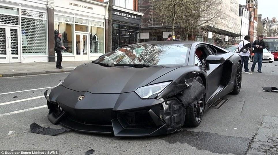 ламборджини протаранил 2 машины в центре лондона
