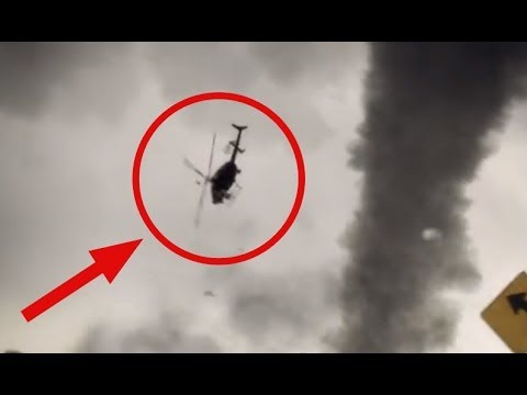 Shock! Tornado smashed a helicopter and a pilot! Торнадо крушит вертол