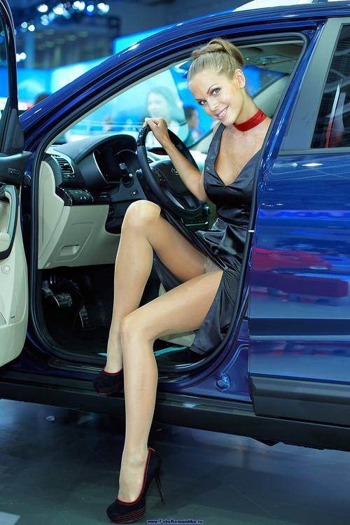Зрелая женщина с машиной для секса пост!