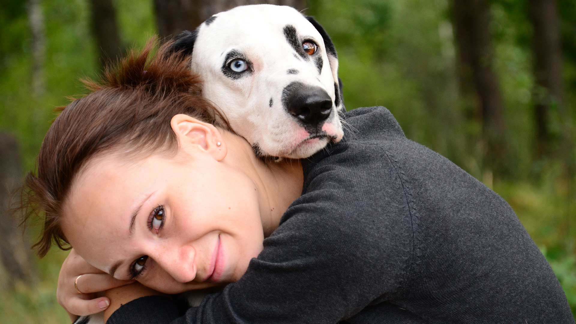 Девушка с собакой смешные картинки
