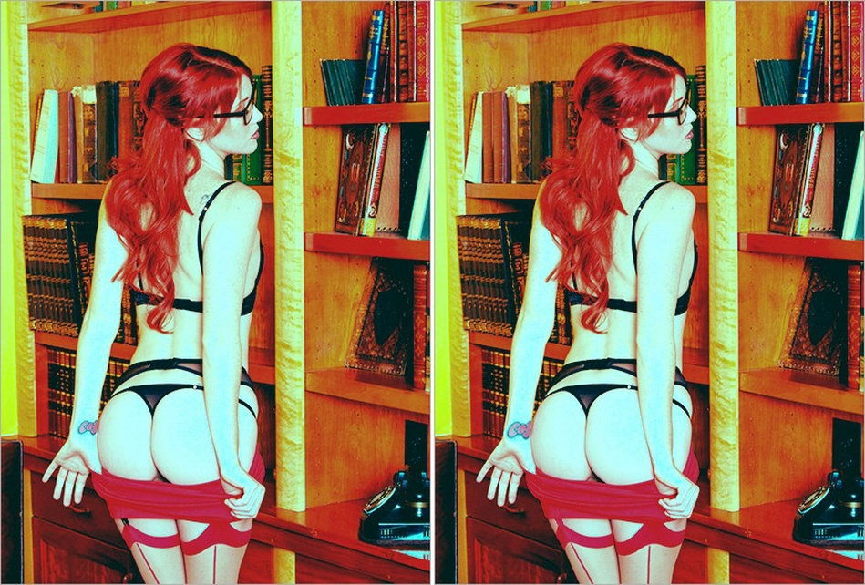 Найди несколько различий-эротические картинки девушек