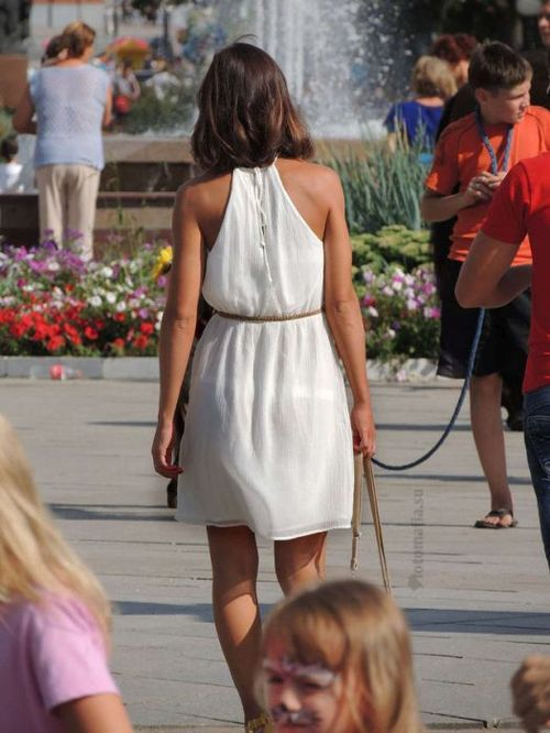 Фото в прозрачной одежде на улицах тема