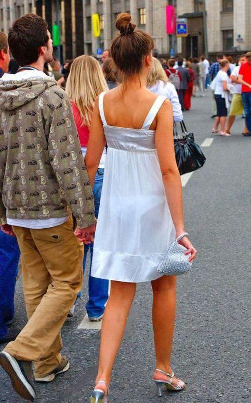 кунилингус страпон видно трусы из под платья было две урны