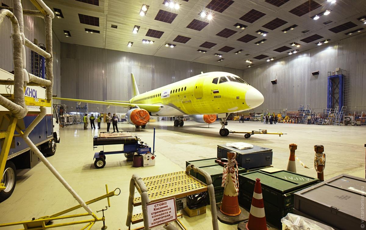 суперджет самолет производство фото