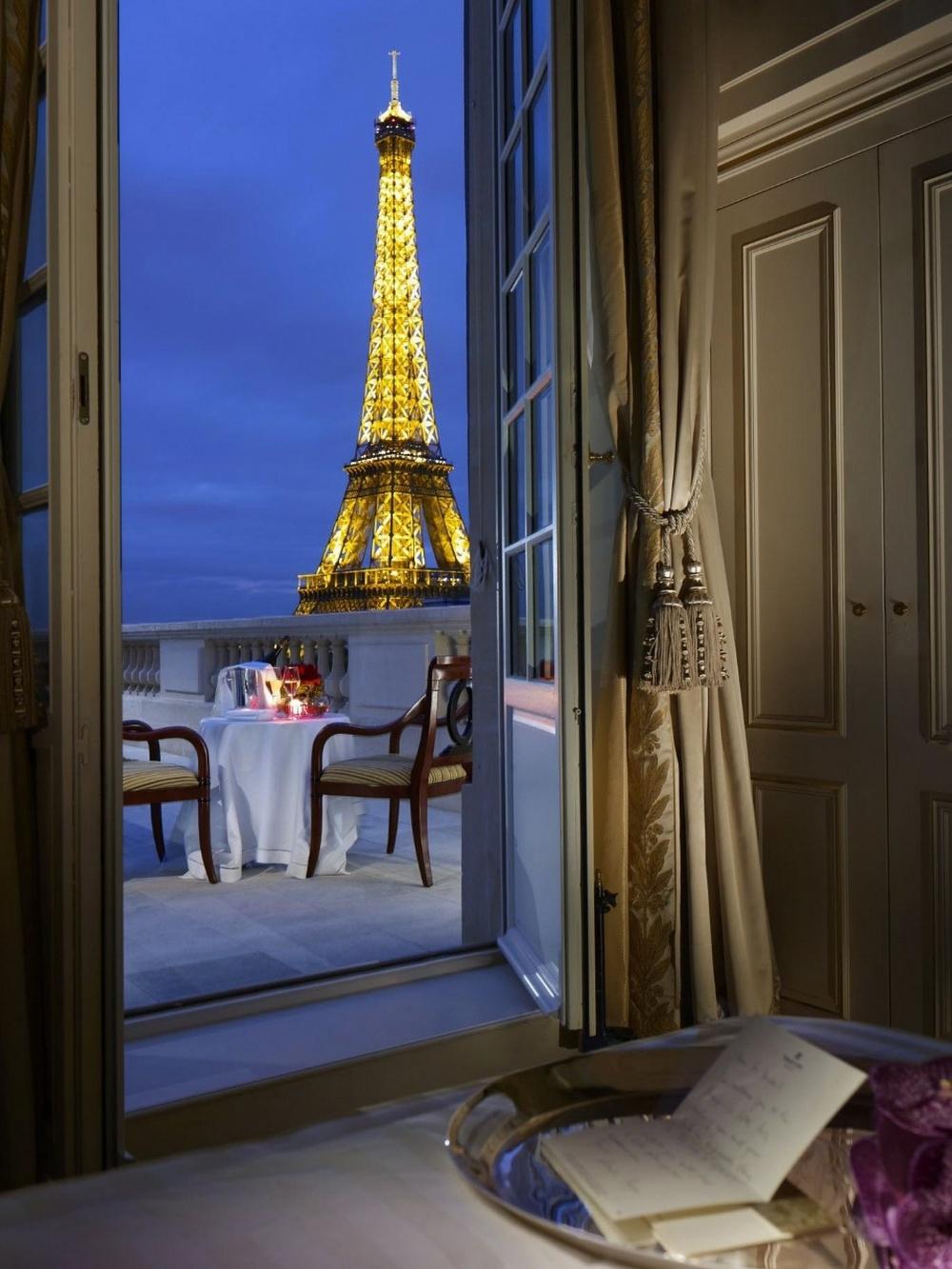 нее комната в париже картинки дубленки турецкие