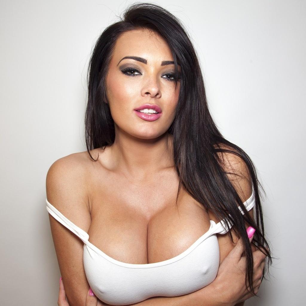 Красивые фото оголенной груди #1