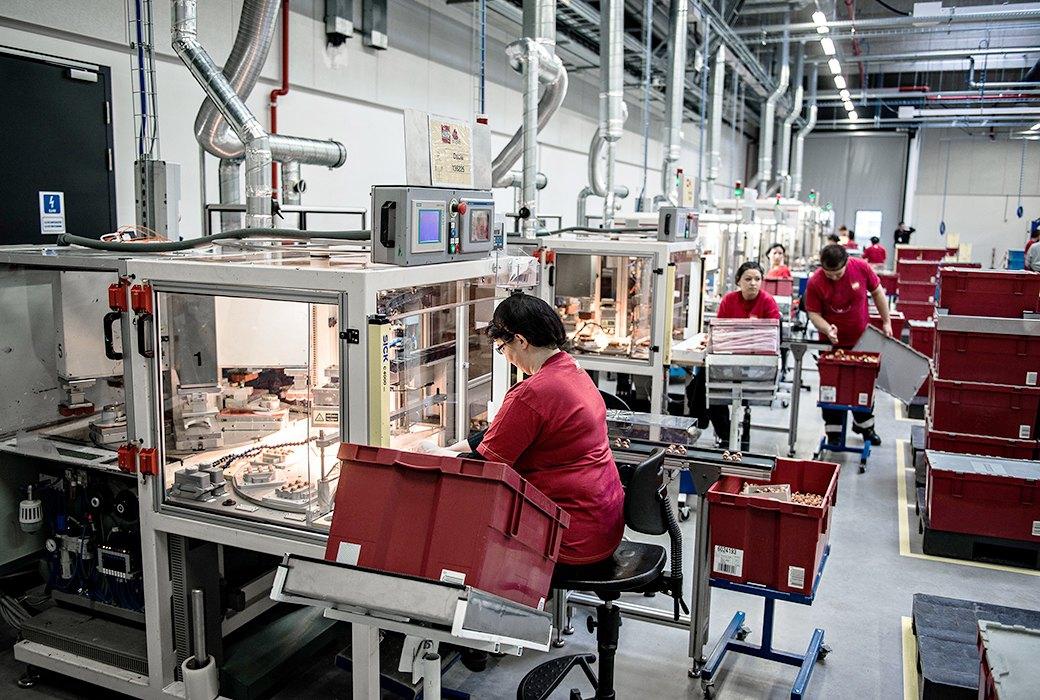 картинки фабрик и производств