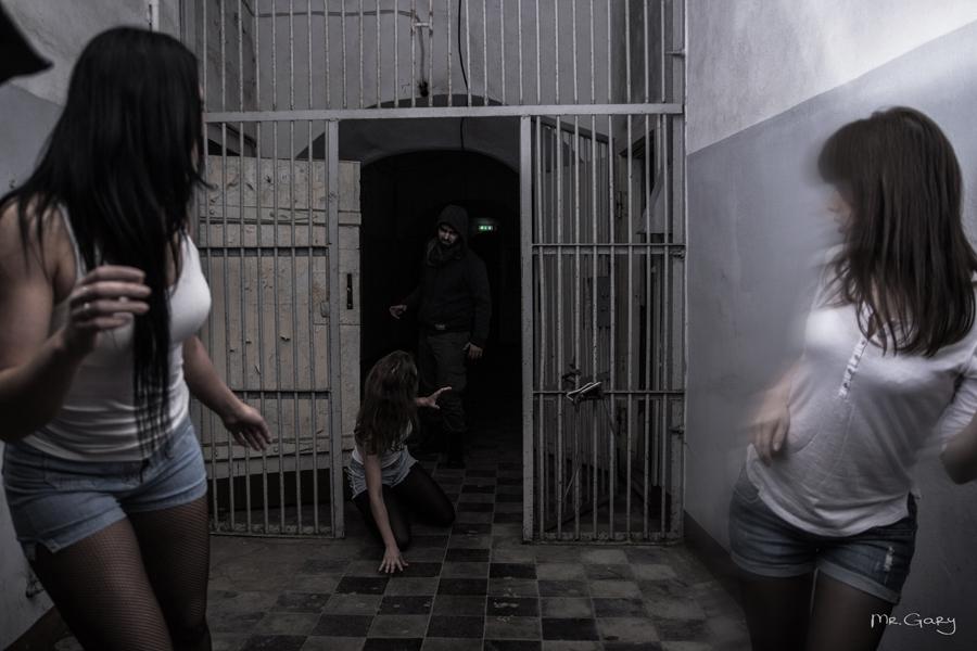 секс в женской тюрьме на ютубе