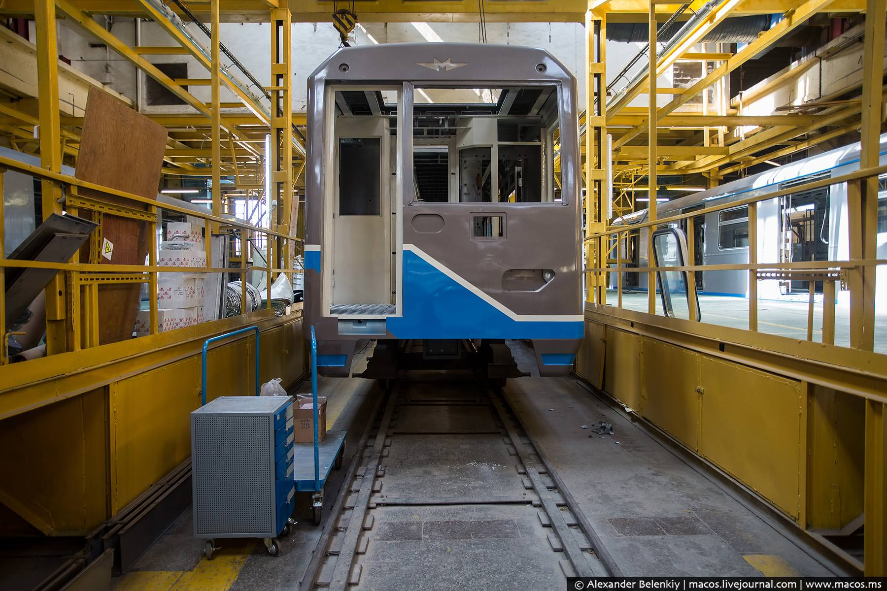 сделать мороженое фото грузового состава метро майами имеет достаточно