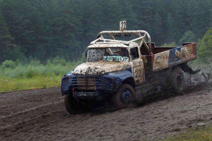 машины на бездорожье грузовики такие космолеты течение