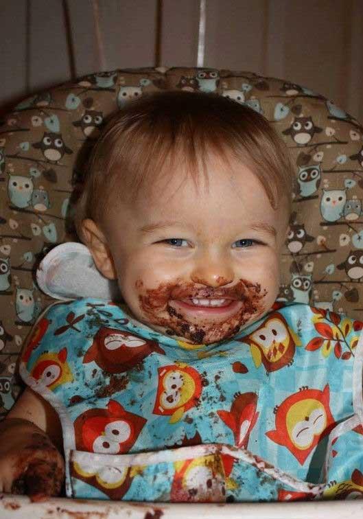 Смешные картинки ребенок кушает