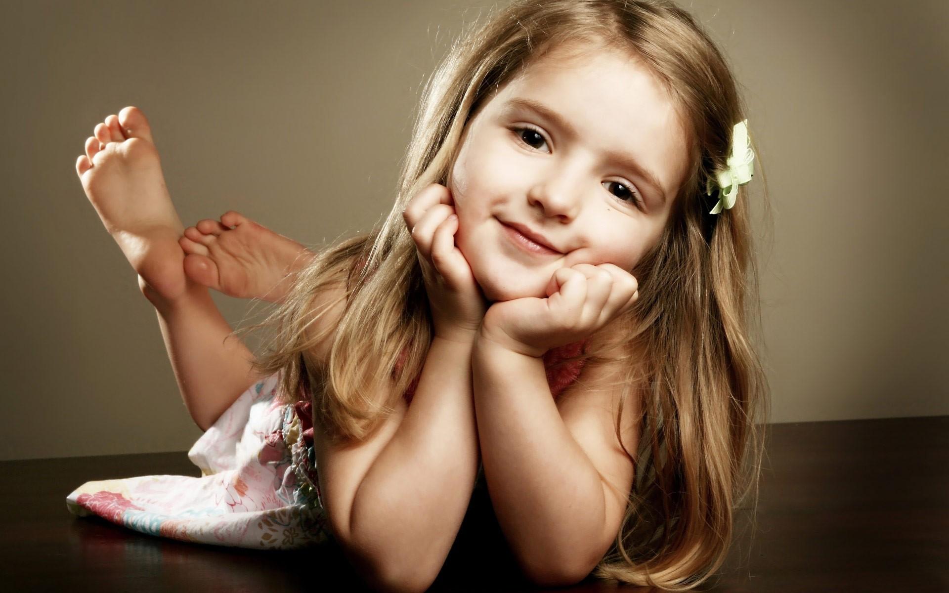 Фото маленькi пiськи, Фото молоденькой писи крупно Голые красотки 8 фотография