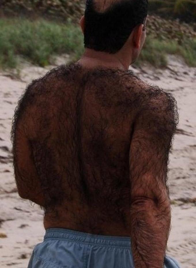 мужик с волосатой спиной фото
