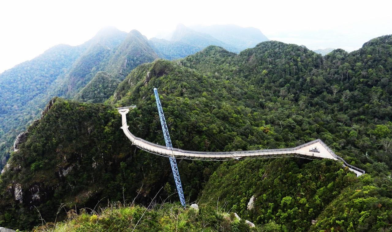 небесный мост на лангкави фото растереть