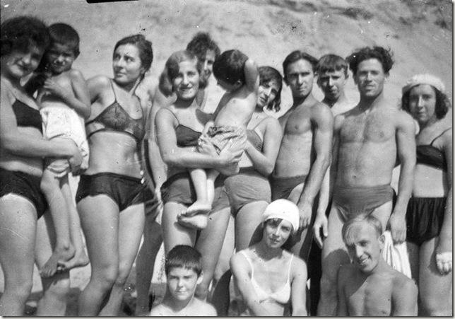 Семьи голых немцев фото придумали