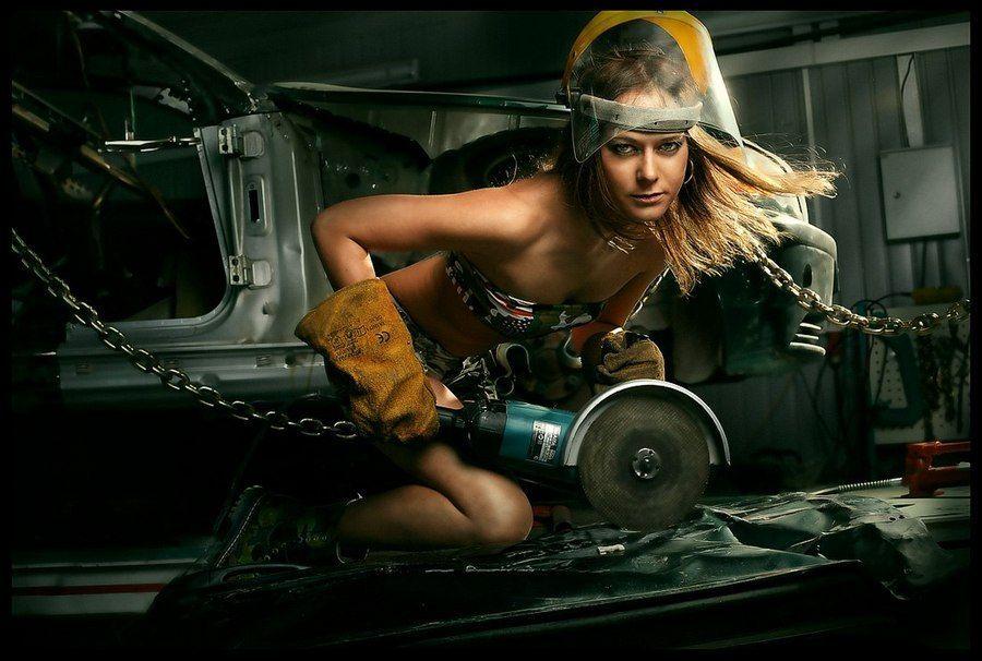 девушки с инструментом фото ню инструментов