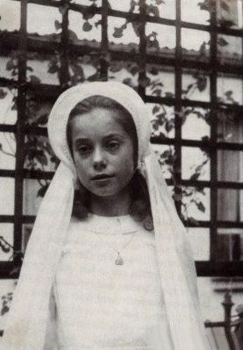 Фото гениталий красавицы, красивенька дівчинка берет вротик