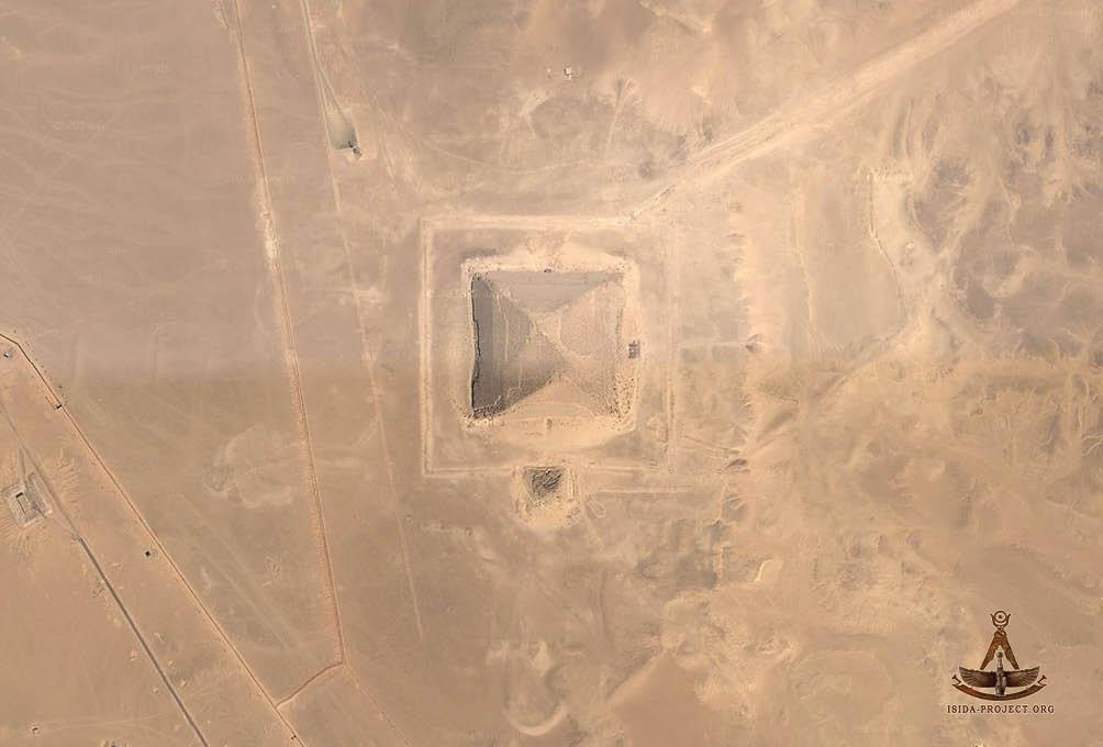 автобусе пирамиды египта фото со спутника конечно же, является