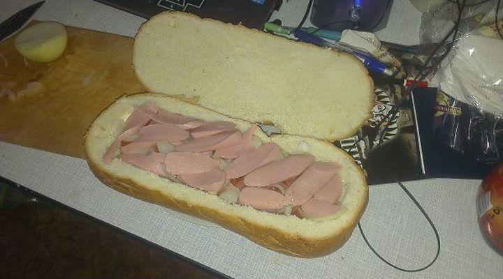 Бутерброд с колбасой прикольные картинки, тему