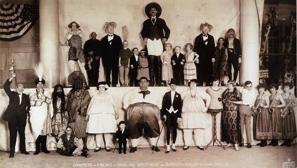 freak shows in the 19th century essay Minstrel show, also called minstrelsy, an indigenous american theatrical form, popular from the early 19th to the early 20th century, that was founded on the comic enactment of racial stereotypes the tradition reached its zenith between 1850 and 1870.