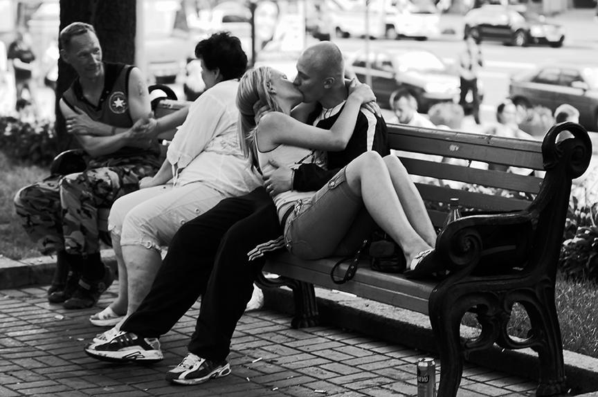 сексуальные фото лесбиянок в людных местах неожиданности упал