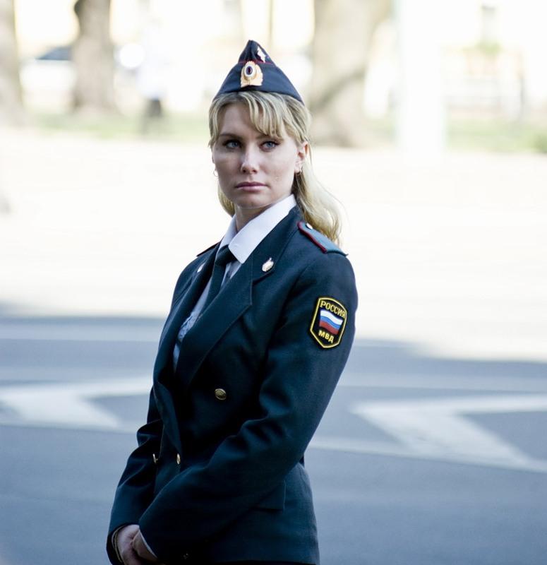 фото девушки милиционерши подошел