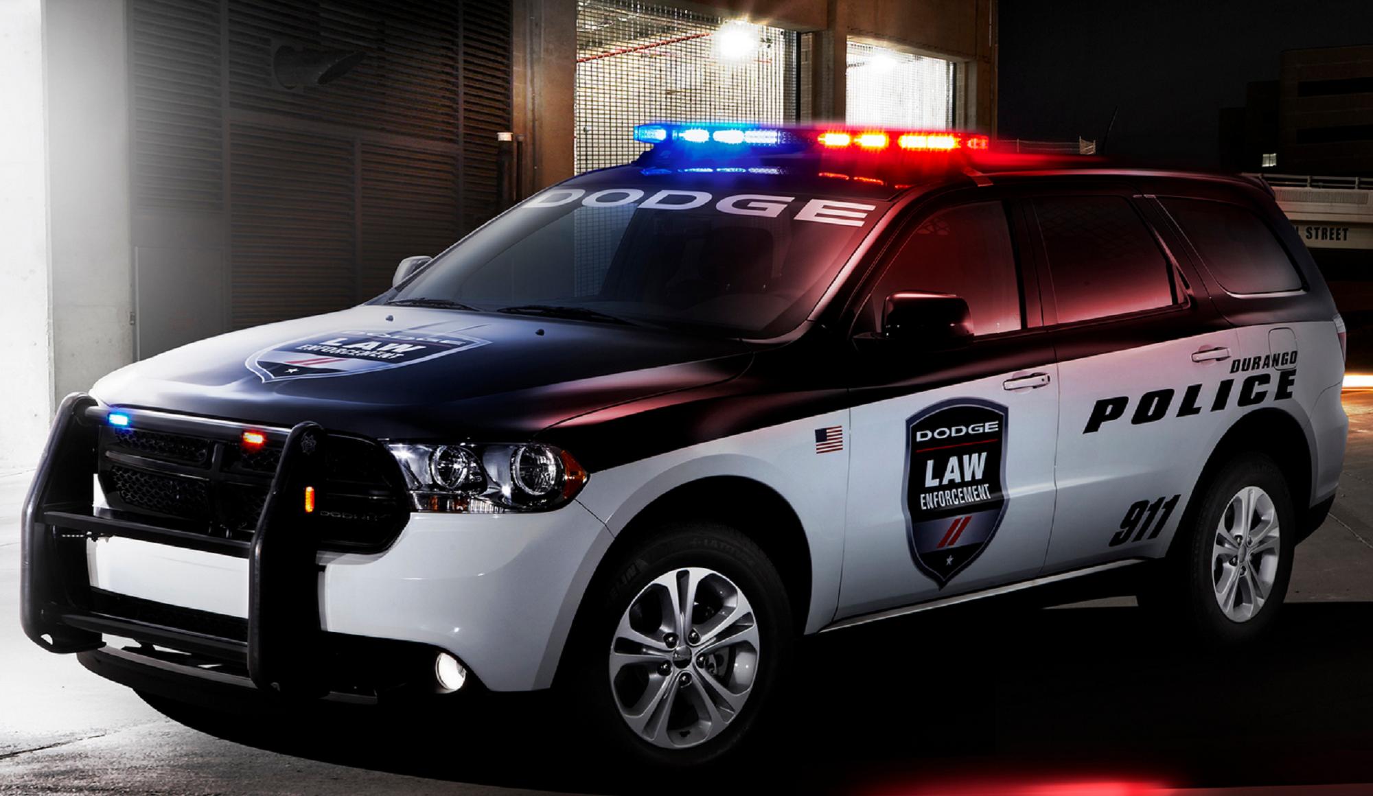 Мобильный марта, крутые картинки с полицейскими машинами