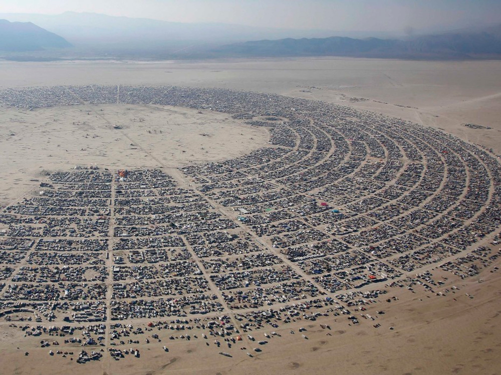 Арт-фестиваль Burning Man интересное, фото