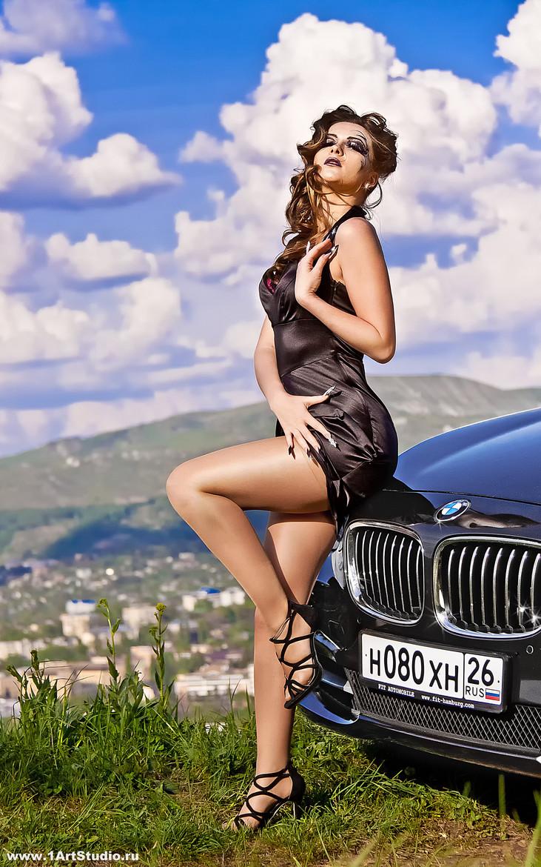 фото красоток с авто