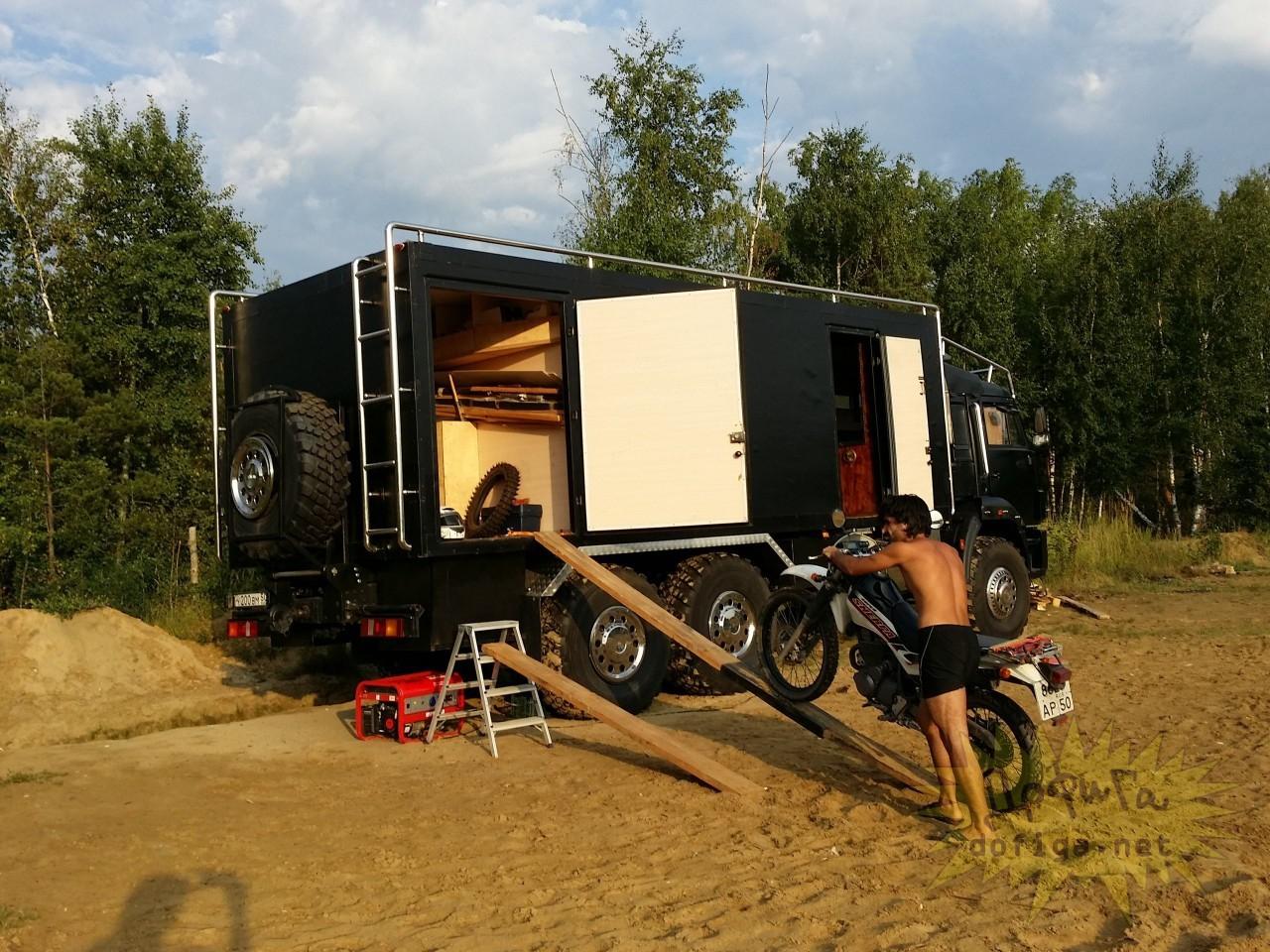 дом на базе грузовика вам что было