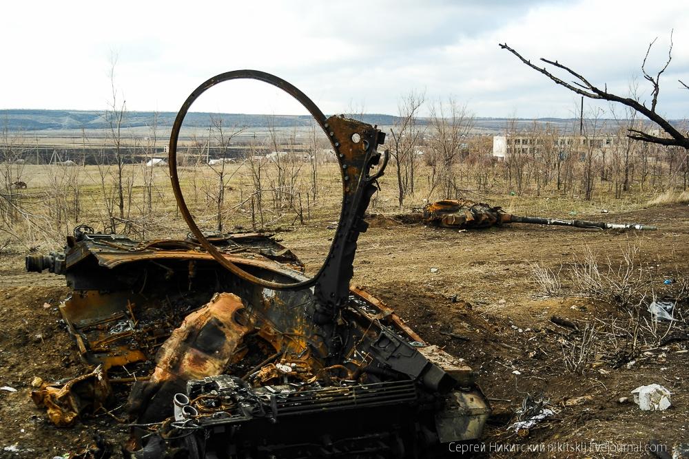 фото сгоревшей украинской военной техники